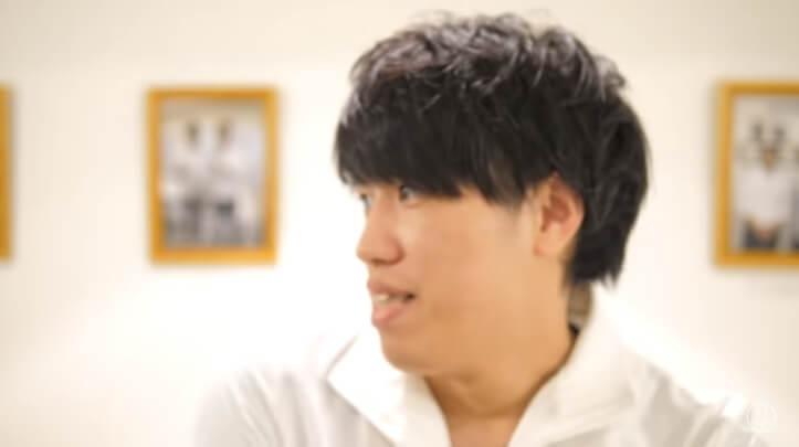 美容整体師川島さん。1